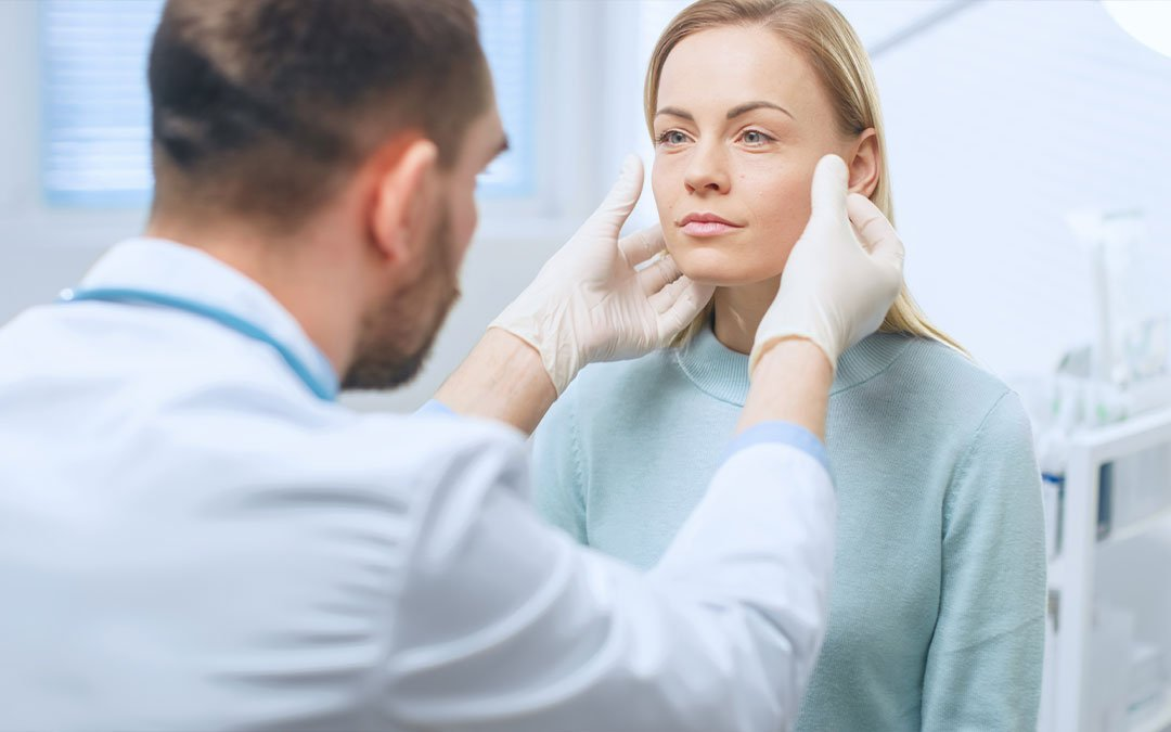 Plastic Surgery vs. Cosmetic Injectables: Pros and Cons
